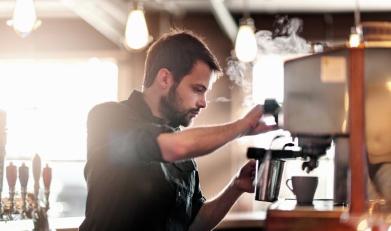 Lirik Usaha Cafe, Usaha yang Menjanjikan Bagi Generasi Milenial