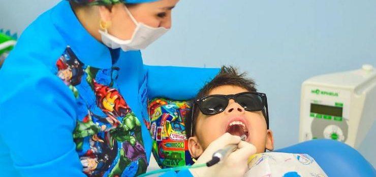 Mengenal Apa Itu Perawatan Veneer Gigi